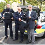 Kreispolizei erhält verbesserte Schutzwesten