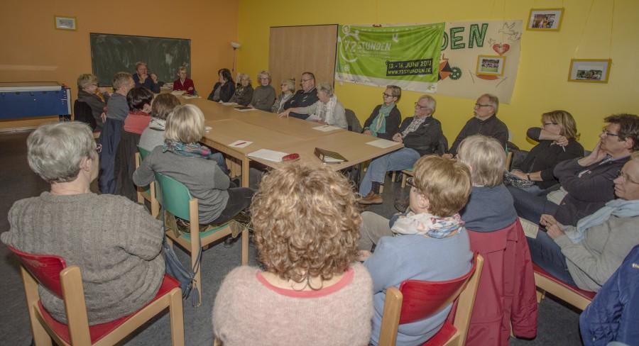 Der Helferkreis bei syeinem Treffen am Dienstag im Alois-Gemmeke-.Haus. (Foto: P. Gräber)