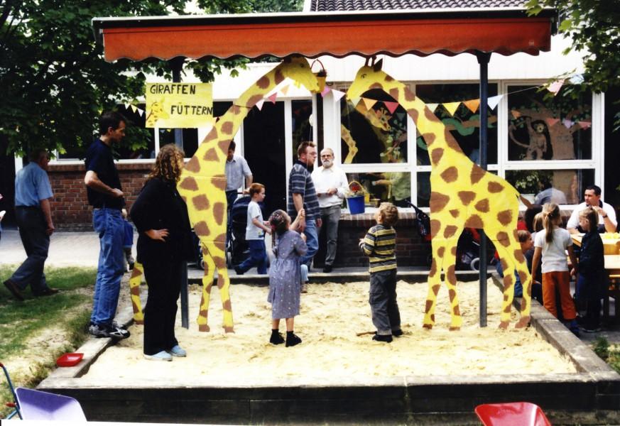 Richtig zu feiern verstand die HEV-Familie schon immer: Kindergartenfest im Jahr 2002. (Foto: privat)