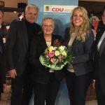 CDU begüßt jungen Rotwein und ehrt verdiente Mitgliede