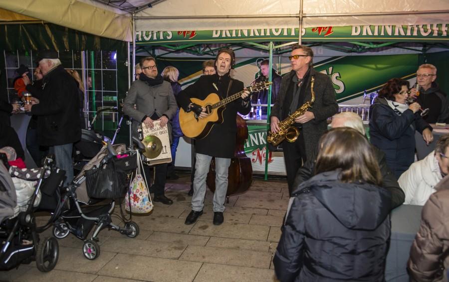 Die Mobilband Sultans of Swing (SOS) sorgt beim Holzwickeder Streetfood-Markt morgen wieder für Stimmung. (Foto: P. Gräber - Emscherblog.de)