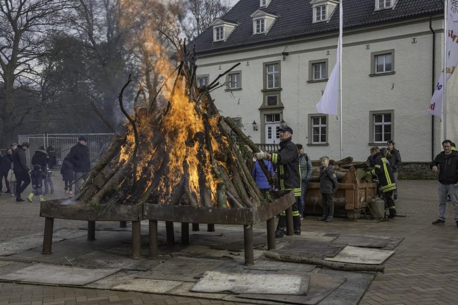 Auch in diesem Jahr wird die LG Opherdicke am Ostersamstag wieder ab 18 Uhr vor dem Haus Opherdicke ihr traditionelles Osterfeuer entzünden. (Foto: P. Gräber - Emscherblog.de)