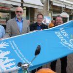 Runde Sache: ADFC Kreisverband Unna mit Klimaschutzflagge ausgezeichnet