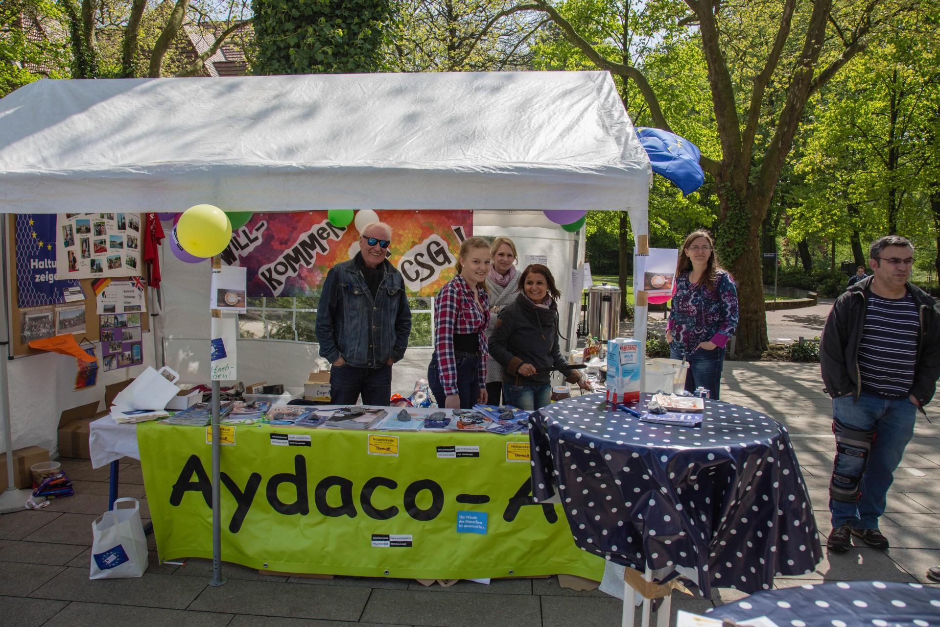 Die Aydaco-Gruppe des CSG bot an ihrem Stand nicht nur jede Menge Informationen, sondern auch auch leckere Crepes an. (Foto: P. Gräber - Emscherblog.de)