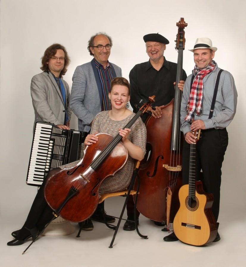 """Das Ensemble """"Café de Paris"""" bringt französische Kultur zur Emscherquelle. (Foto: privat)"""