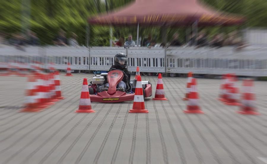 Fast 200 Mädchen und Jungen im Alter von sefhs bis 18 Jahren sind beim 4. Lauf zum ADAC-Kart-Slalom am Start. (Foto: P. Gräber - Emscherblog.de)