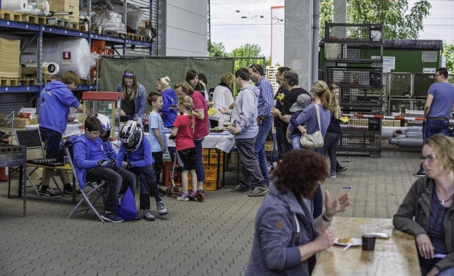 Das Betriebsgelände der Firma Montanhydraulik ist heute (21. Mai) Schauplatz des vom MSC Holzwickede organisierten 4. Wertungslaufes des ADAC Jugend-Kartslalom gewesen. (Foto: P. Gräber - Emscherblog.de)