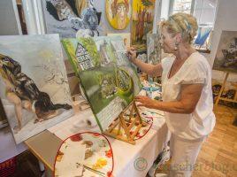 Renate Eichmann und 37 weitere Malerinnen und Maler stellten im Rahmen des 6. Holzwickeder Malermarktes auf Haus Opherdicke aus. (Foto: P. Gräber - Emscherblog.de)