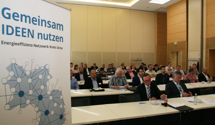 Über 30 interessierte Unternehmen kamen jetzt zu einer Informationsveranstaltung über das neue Energieeffizienz-Netzwerk ins Kreishaus Unna. (Foto: Günther Klumpp)