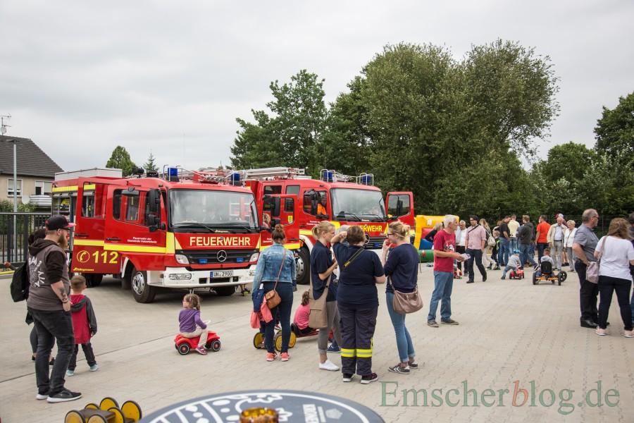 Der Löschzug II feiert ein zweitägiges Eröffnungsfest an der neuen Feuer- und Rettungswache Süd mit einer Fahrzeugschau und Spielaktionen für die Kinder. (Foto: P. Gräber - Emscherblog.de)