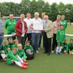 Große Gratulantenschar: Dirk Erb beim Westfalencup geehrt