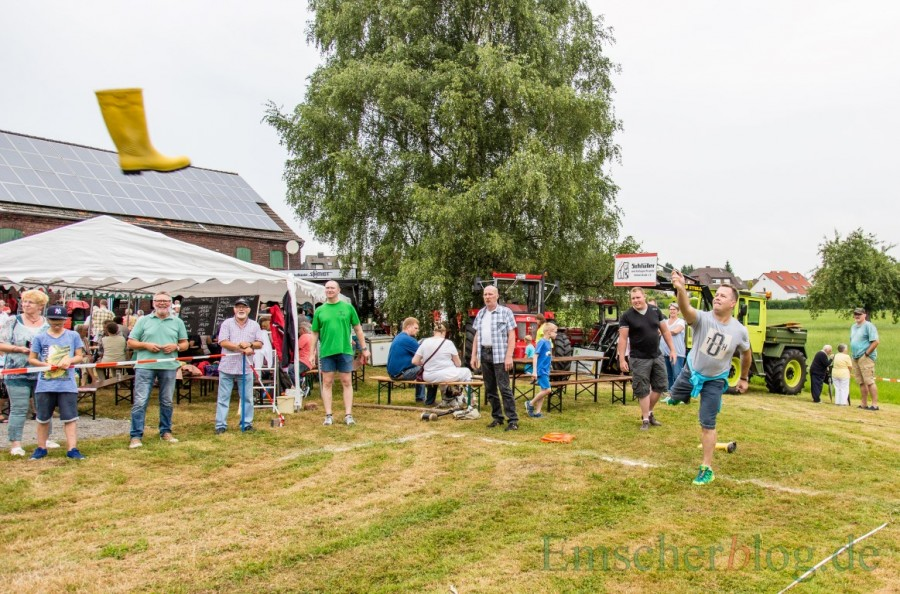 Beim 3. Haarstrangfest stehen wieder skurrile Wettbewerbe wie Gummistiefel-Weitwurf auf dem Programm. (Foto: P. Gräber - Emscherblog.de)