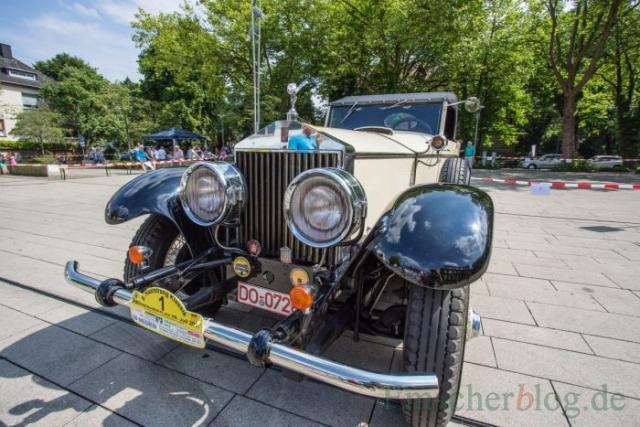 Das älteste Fahrzeug im Feld und sicher eines der wertvollsten ist dieser Rolls Royce Phantom I, Bj. 1928, 7.700 ccm, 6 Zyl. mit ausreichend PS (Foto: P. Gräber - Emscherblog.de)