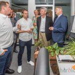 Erfolgsbilanz der Urlaubsgurus beeindruckt NRW-Wirtschaftsminister Pinkwart
