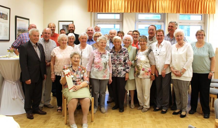 Der Trägerverein feierte mit den im Juli und August geborenen Mitgliedern eine Geburtstagsnachfeier im Seniorentreff. (Foto: privat)