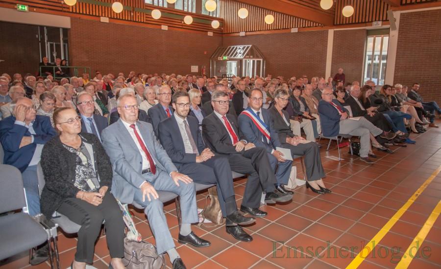 Zur feierlichen Ratifizierung der Partnerschaft war das Forum bis auf den letzten Platz gefüllt. (Foto: P. Gräber - Emscherblog.de)