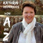 """""""Kabarettistische Lesung von A bis Z"""" mit Krimiautorin Kathrin Heinrichs"""