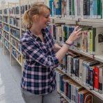 Berndt von zur Mühlen erneut in Bücherei zu Gast