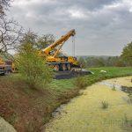 """Skulpturenpark am Haus Opherdicke mit """"Sirena"""" in der Gräfte"""
