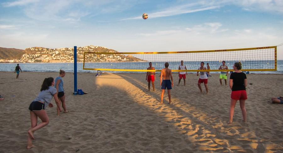 Sport und Spiel werden bei den Spanienfreizeiten der Ev. Jugend großgeschrieben. (Foto: privat)
