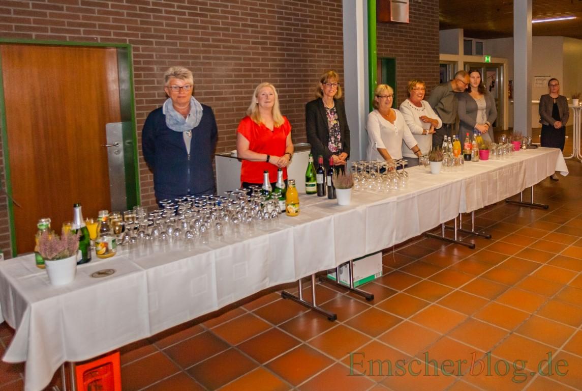Ratsmitglieder als Servicekräfte beim Ehrenamtstag vor wenigen Wochen. Der Bürgerblock mahnt dennoch ein fehlendes Konzept an. (Foto: P. Gräber - Emscherblog.de)