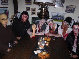 Geister und Gespenster sind die Hauptakteure am 31. Oktober bei der Halloween-Party im Ballhaus im Holzwickeder Montanhydraulik-Stadion. Foto: privat)