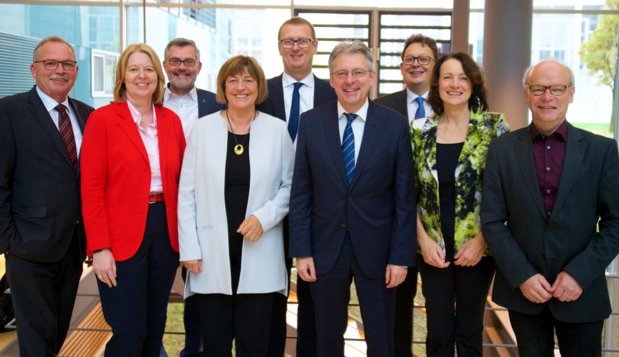 Der neue Vorstand der NRW-Landesgruppe der SPD-Bundestagsfraktion. (Foto: SPD)