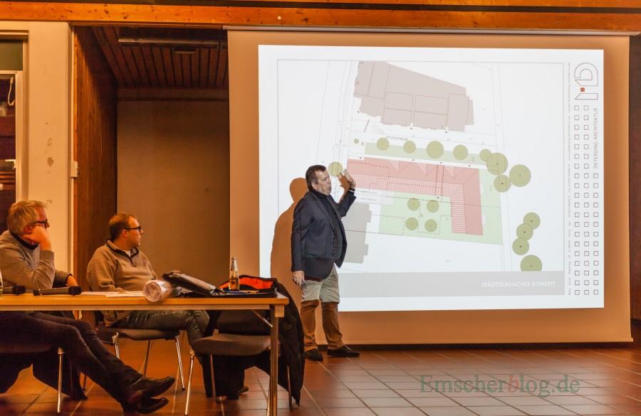 Architekt Michael Deterding erläutert seine Planung für die Gemeindemitte bei der Bürgeranhörung im Forum. (Foto: P. Gräber - Emscherblog.de)