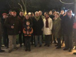 Die Teilnehmer des diesjährigen Adventsgrillens der CDU bei Familie Richwinn. (Foto: privat)