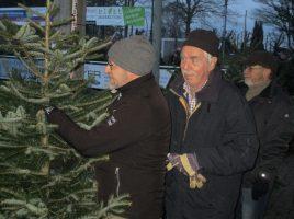 Zusätzlicher Weihnachtsbaumverkauf beim HSC