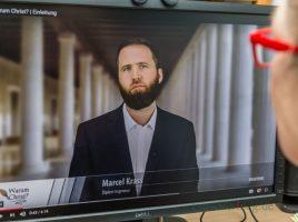 Das Internet quillt über von Videobotschaften des Salafisten-Prediger Marcel Krass. Der Kultur- und Bildungsvereins Annur hat den Salafisten-Prediger im Januar nach Holzwickede eingeladen. (Foto: P. Gräber - Emscherblog.de)