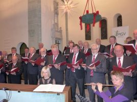 Der MGV Eintracht Hengsen bittet zum Weihnachtskonzert pur: gesungen nur von Männern, ohne Orchester oder Solisten. (Foto: privat)