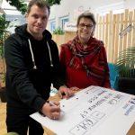 """Mehr als 600 Waffeln für den guten Zweck: Urlaubsguru hilft """"Aktion Weihnachtsgeld"""""""
