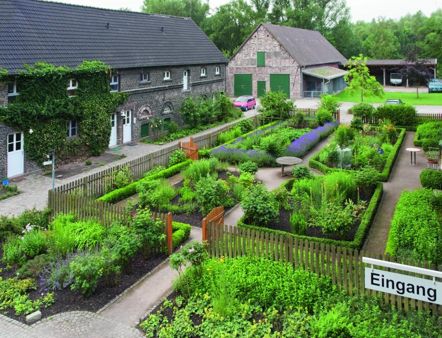 Einer der Arbeitsplätze für die Absolventen eines Freiwilligen Ökologischen Jahres beim Kreis Unna:  die Ökologiestation des Kreises Unna in Bergkamen. (Foto: Ralf Sänger)