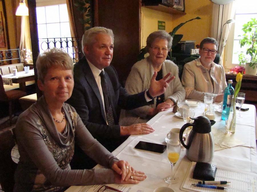 v.l.: Hermine Clodt, Hubert Hüppe, Marianne Scheidt, Annette Weber (neue Kreisvors. FU) (Foto: privat)