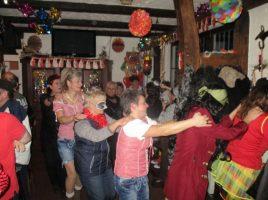 Bald ist es wieder soweit: Weiberfastnacht im Ballhaus. (Foto: privat)