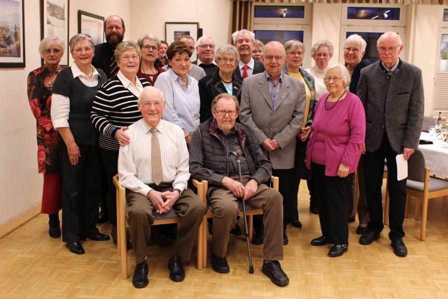 Walter Möx und Martin Schwarz (beide 86 J.)  waren die ältesten Teilnehmer der Geburtstagsnachfeier des Trägervereins der Senioren-Begegnungsstätte. (Foto: privat)