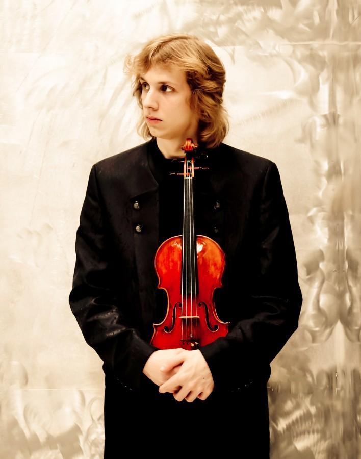 Gastiert mit der Pianistin ebenfalls auf Haus Opherdicke: Albrecht Menzel (Violine). (Foto: Anne Hornemann)