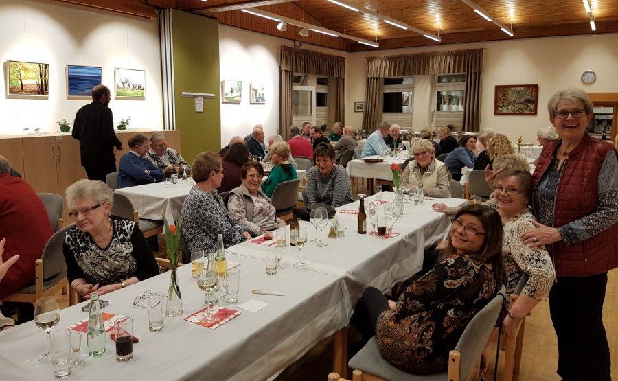 """Der Vorstand des Trägervereins hatte die ehrenamtlich tätigen Mitglieder am vergangenen Freitag zur """"Helfer-Party"""" eingeladen. Foto: privat)"""