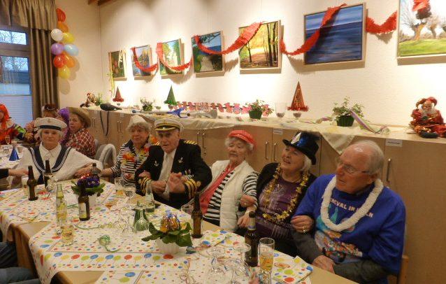 60 bestens gelaunte Senioren nahmen an der Karnevalsfeier des Trägervereins am vergangenen Freitag in der Senioren-Begegnungsstätte teil. Foto: privat)