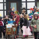 Allerkleinster Karnevalsumzug ums Zentrum des Frohsinns
