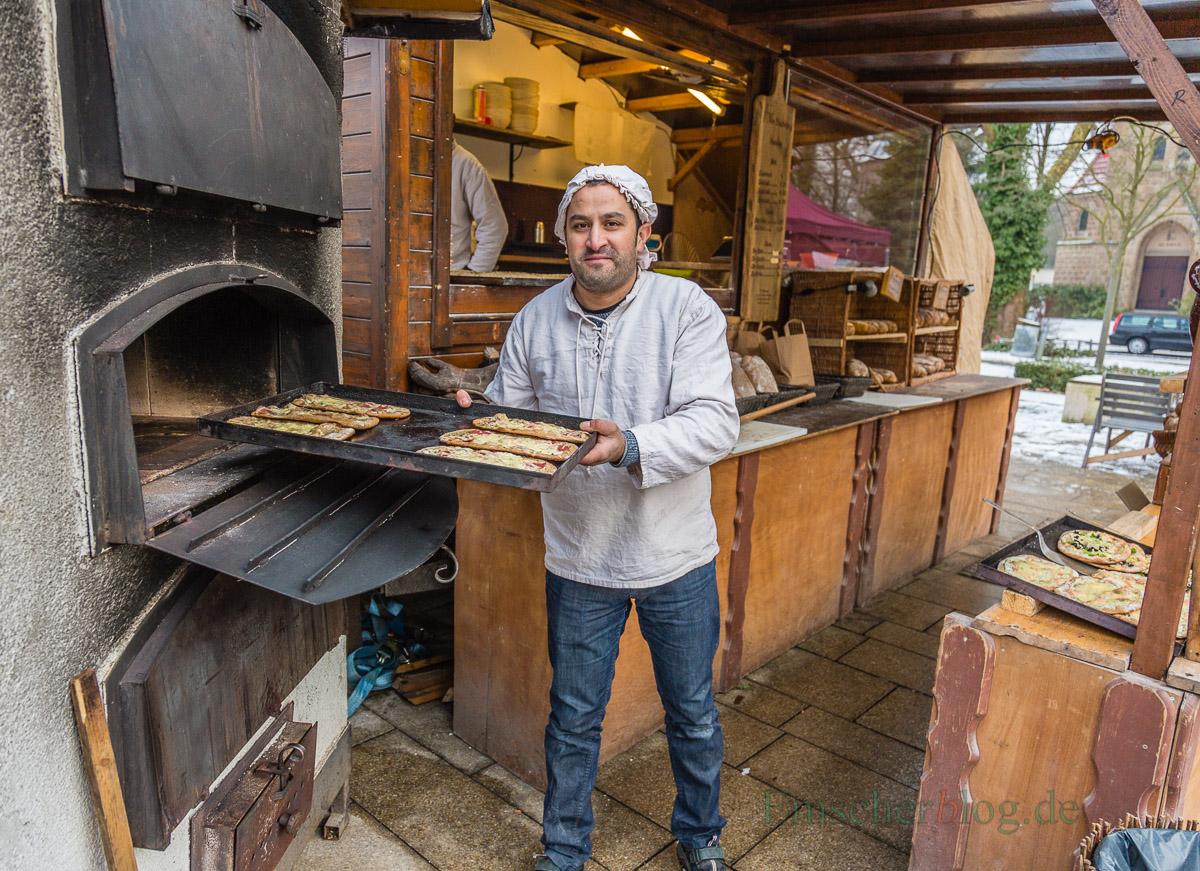 Im Sommer eher eine Qual, im Winter jedoch der bevorzugte Arbeitsplatz: der heiße Steinofen der rollenden Backstube. Foto: P. Gräber - Emscherblog.de)