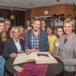 """Versprochen ist versprochen: Große Dankeschön-Party für """"Clara's Voices"""""""