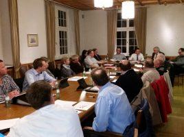 Die CDU-Fraktion hatte am MJKontag den gedschöftsführer des JobCenbters Kreis Unna, Uwe Ringelsiep, zu Gast, um sich über die aktuelle Arbveitsmarktsituation informieren zu lassen. (Foto: ptrivat)