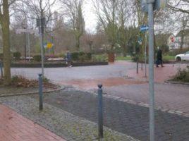 Beispiel für unübersichtlichen Verkehrsraum mit unterschiedlichen Pflastungen: die Allee.(Foto: Büro Bünermann)