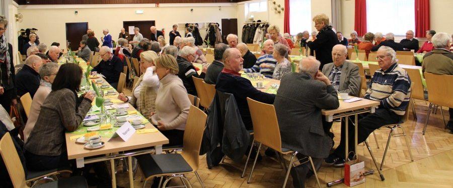 Der Trägerverein der Begegnungsstätte Seniorentreffen führt seine Mitgliederversammlung am vergangenen Samstag in der Rausinger Halle durch. (Foto: privat)