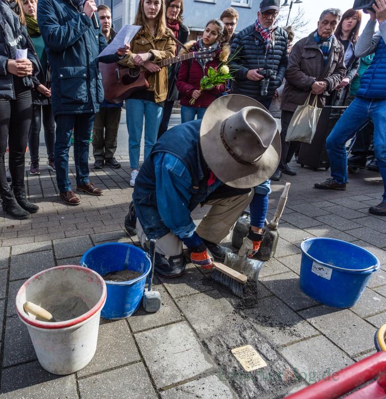 Nach der lobenswerten Erinnerung an einzelne Schicksale durch die Verlegung von Stolpersteinen will die Gemeinde nun die gesamte NS-Zeit in Holzwickede aufarbeiten lassen. (Foto: P. Gräber - Emscherblog.de)