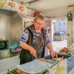 Anderen Markthändlern stinkt der Stand von Jutta Kus: Reibekuchen ade