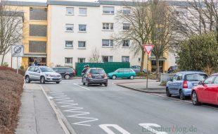 Maximal 45 Sekunden Wartezeit sagt der Verkehrsgutachter auf der Sölder Straße / Hazuptstraße voraus, wennd er Wohnpark Emscherquelle voll belegt ist. (Foto: P. Gräber - Emscherblog.de)