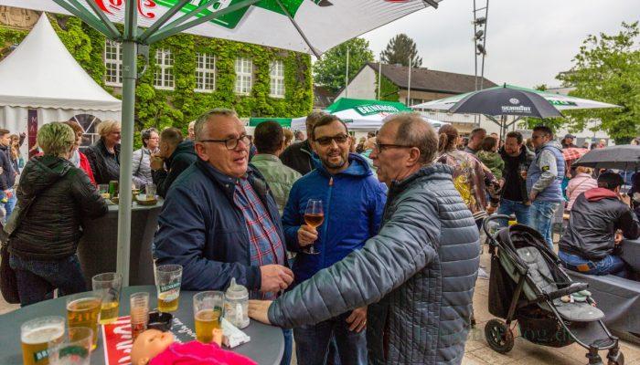 """Für so manchen """"Daddy"""" war der Streetfood-Markt Ziel beim Vatertag. (Foto: P. Gräber - Emscherblog.de)"""